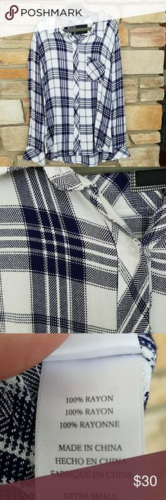 Rails navy and white button up Perfect condition.  No trades.  Offers welcomed! Rails Tops Button Down Shirts