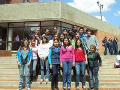Monserrat Moreno de Comercio Internacional , en la actualidad está en la Uniboyacá en Colombia.
