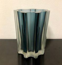 Tapio Wirkkala 3502 Dimmed Light Blue Art Vase - Finnish Vintage Design Glass from Iittala, Finland Dim Lighting, Blue Art, Glass Design, Finland, Vintage Designs, Mid-century Modern, Light Blue, Bubbles, Vase