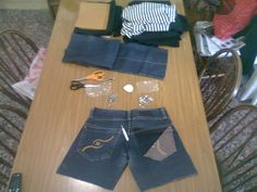 Intervención en bolsillo de jean con tachas