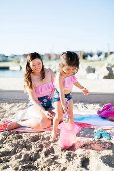 Do you have your family summer bucket list created? See the list of 15 fun activities that Sandy a la Mode made for her family!