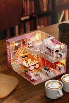 Dollhouse Design, Modern Dollhouse, Diy Dollhouse, Dollhouse Furniture, Dollhouse Miniatures, Miniature Rooms, Miniature Houses, Mini Doll House, Tiny House Design