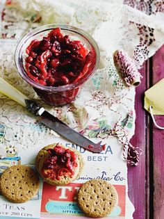 Cranberry & chilli jam 2 red onions 4 cloves of garlic 3-4 long fresh red chillies olive oil 500 g fresh cranberries 150 g sugar 40 ml red wine vinegar