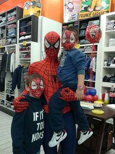 Break Time Mascotte Spiderman per informazioni contattateci :) www.multiservizinnovativi.com