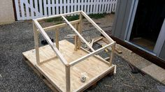 Building-Primary-Skeleton-of-Dog-House-Using-Pallet-and-Plywood-1.jpg (960×540)