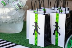 Pin for Later: A Soccer Party That's Sure to Score! The Final Score Monique decorated store-bought bags with handmade decals. Soccer Party Favors, Soccer Birthday Parties, Sports Birthday, Sports Party, 11th Birthday, Soccer Banquet, Soccer Theme, Soccer Crafts, Childrens Party