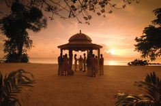 Let Almond Beach Resort in #Barbados help you plan that perfect #wedding day