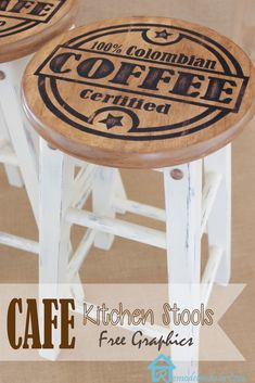 Remodelando la Casa: Painted Kitchen Stools *Could make bar stools with different beer logos Painted Bar Stools, Painted Chairs, Painted Furniture, Furniture Projects, Furniture Making, Diy Furniture, Diy Projects, Furniture Stores, Bar Stool Makeover