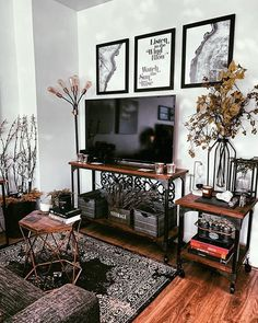 Industrial Apartment Decor 5 Tips for Styling a Studio Apartment Moda Misfit .ouston remodeling co Home Design, Home Interior Design, Living Room Decor, Bedroom Decor, Industrial Style Furniture, Studio Apartment Decorating, Apartments Decorating, Apartment Living, Condo Living