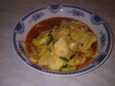 Zucchini and mushrooms goulash