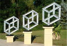 Escher cubes Objets impossibles construits ou illusion ?