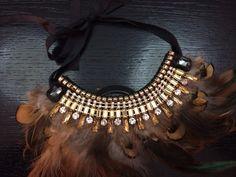 Collar de plumas
