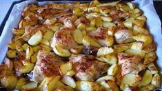 Nedělní oběd u babičky mě dostal! Pečené kuře s brambory na majoránce. Bomba!