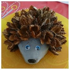 Preschool Christmas Crafts, Easy Halloween Crafts, Christmas Diy, Christmas Calendar, Crafts For Seniors, Crafts To Do, Diy Crafts For Kids, Hedgehog Craft, Autumn Crafts