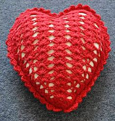 365 Crochet!: Heart Shell Pillow Crochet Pattern