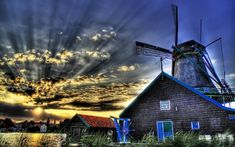 This was taken my final evening in Holland. I found a remote pastoral area with several olde world windmills. I was the only one around… I got fairly cold waiting for sunset, but I think it was worth it. - Netherlands - Photo from Trey Ratcl Hdr Photography, Landscape Photography, Photography Wallpapers, Infrared Photography, Hdr Wallpaper, Wallpaper Backgrounds, Wallpapers En Hd, Best Places To Live, Le Moulin