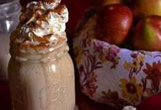 A smoothie bursting with the flavors of fall! Filled with peanut butter, oatmeal and apples tastes like a dessert in a glass!