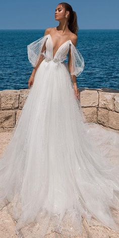 V Neck Wedding Dress, Wedding Dresses 2018, Stunning Wedding Dresses, Bridal Dresses, Gown Wedding, Wedding Ceremony, 1920s Wedding, Dresses Dresses, Wedding Blog
