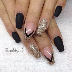 coffin   black   nude   nails  Love these nails too!!