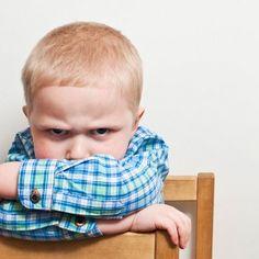 La caja de la ira o caja de la rabia es una excelente herramienta para enseñar a los niños a canalizar su ira sin que llegue a explotar en una gran rabieta.