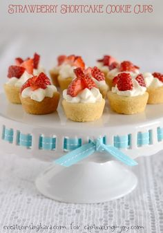 Strawberry Shortcake Cookie Cups | mini dessert recipe | dessert |