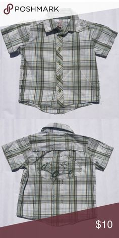 Plaid Car Button Down Green, Blue, & Yellow Plaid Button Down. Short Sleeve and Collared. Car design on back. Great Condition. JB Original Vintage Shirts & Tops Button Down Shirts