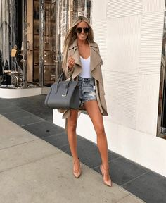 Casual Shredded Mini Denim Ideas, high waisted denim skirt , high waisted denim shorts, demin overall ideas to go out on date Sexy Outfits, Everyday Casual Outfits, Short Outfits, Spring Outfits, Trendy Outfits, Fashion Outfits, Womens Fashion, Classy Outfits, Fashion Trends
