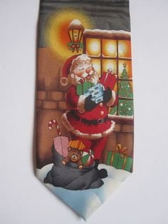 Mens Christmas Neck Tie Holiday Santa Claus Necktie Presents New with Tags ddad92b611a0