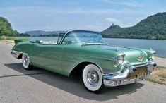 1957 Cadillac Eldorado Biarritz Convertible - One of the most beautiful Cadillac Eldorado's ever built. Cadillac Eldorado, Cadillac Ats, Cadillac Fleetwood, Cars Vintage, Retro Cars, Antique Cars, Vintage Auto, Austin Martin, Muscle Cars