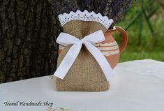 Burlap Wedding Favor Bag Burlap Gift Bag SET OF 25 by Teomil