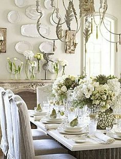 country decor Decoration decor inspiration white shabbychic french brocante vintage distressed interior home kitchen dining room French Decor, French Country Decorating, Vibeke Design, Boho Home, Beautiful Table Settings, Deco Floral, Floral Style, Christmas Table Decorations, Christmas Tablescapes