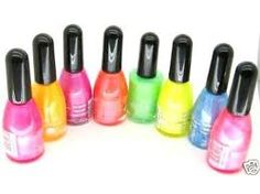 Neon nails polish