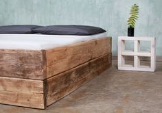 Beds - Timber bed Changy 160 x 200 cm - a unique product by FraaiBerlin on DaWanda Source by ap_andy Interior Design Cv, Timber Beds, Diy Home Decor Rustic, Wood Wax, Rustic Bedding, Décor Boho, Bed Base, Diy Bed, My Living Room