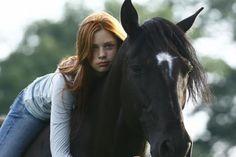 filmy z końmi Two Horses, All About Horses, Riding Stables, Horse Riding, Horse Love, Horse Girl, Hanna Binke, Constantin Film, Horse Dance