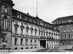 Berlin 1937 Die historische Franzoesische Botschaft am Paiser Platz