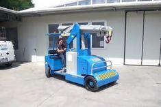Minidrel 90B Gruniverpal, elektromos önjáró mini daru. Használat különböző iparágakban. Maximális terhelhetőség 9000kg. Minion, Home Appliances, Toys, House Appliances, Activity Toys, Clearance Toys, Minions, Appliances, Gaming