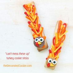 easy-to-decorate turkey cookie sticks for Thanksgiving
