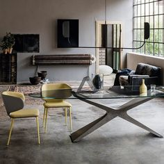 Wrap chair with four legs in lacquered steel. Shell upholstered in leather, ecoleather, or fabric.  Brand: Midj | Designer: Balutto Associati Dining Table Design, Dining Tables, Dining Rooms, E Piano, World Of Interiors, Clean Design, Side Chairs, Industrial Style, Pantone