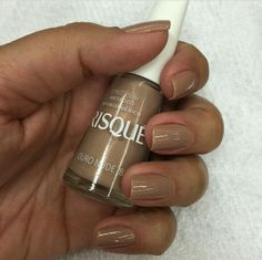 Ouro Nude by Risqué.