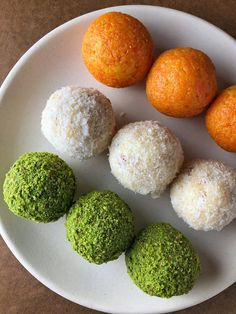 Tricolour ladoo for Independence Day - the perfect patriotic sweet treat that will sweeten up your of August celebrations. Sweets Images, Indian Breakfast, Breakfast Ideas, Food Photography Tips, Indian Sweets, Food Tasting, Colorful Cakes, Creative Food, Independence Day