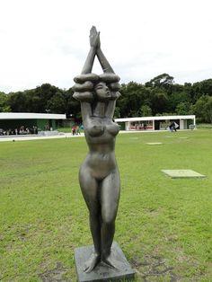 A Jurubeba Cultural: ● A Arte ...As esculturas urbanas.   (Abelardo Hora. 'Estação Cabo Branco'. João Pessoa, Paraíba. Brasil)         ...