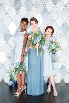 Bridesmaids in Mix and Match Blue Dresses | photography by https://www.cassiclaire.com/