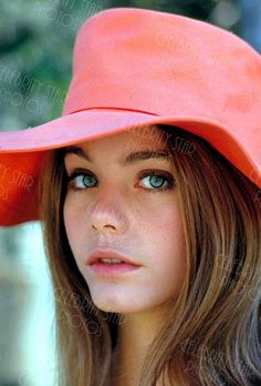 See more ideas about Susan dey, Partridge family and David cassidy. Classic Actresses, Actors & Actresses, Beautiful Eyes, Beautiful Women, Stunningly Beautiful, Susan Dey, Michelle Phillips, Yvonne Craig, Models