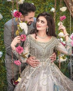 Shines in celebrity shoot 🌟 Isn't she too cute? Cordination by Photography by . For queries & bookings dm or call us at .———————— Address: House Satellite Town, Commercial Market, B Block Rawalpindi, Pakistan . Bridal Dresses 2017 Pakistani, Bridal Mehndi Dresses, Pakistani Wedding Outfits, Bridal Outfits, Couple Wedding Dress, Wedding Dresses For Girls, Bridal Poses, Bridal Photoshoot, Bridal Shoot