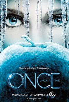 Emma Swan ist eine toughe, aber auch einsame Frau. Ihr Leben ändert sich schlagartig, als sie dem zehnjährigen Henry begegnet. Er behauptet, ihr Sohn zu sein, den sie kurz nach der Geburt zur Adoption freigegeben hat. Henry bittet sie, mit in seine Heimatstadt Storybrooke zu kommen und ihn vor dem Zugriff seiner bösen Stiefmutter zu bewahren. Als wäre das nicht genug beteuert er, dass es in Storybrooke nicht mit re #Serientipp #OnceUponaTime