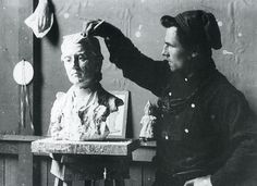 In 1899 Connor moved to East Aurora, NY and joined the Roycroft. During his time here he created the terra cotta sculpture, The North Wind, various busts of Elbert Hubbard and other statue busts.