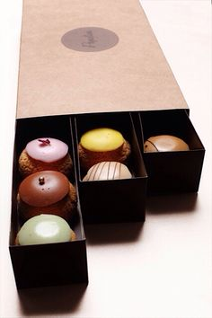 There are the fans of macaroons, but there are also, like us, those who are fans… Profiteroles, Eclairs, Patisserie Fine, French Patisserie, Chocolate Brands, Chocolate Shop, Cake Packaging, Packaging Design, Choux Cream