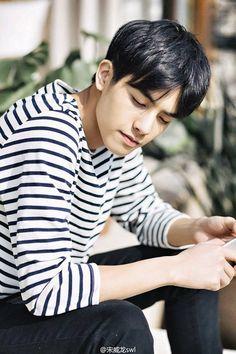 Asian Boys, Asian Men, Song Wei Long, He Is My Everything, My Crush, Sehun, Future Husband, Family Photos, Acting