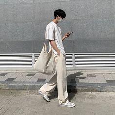 Korean Fashion Men, Boy Fashion, Mode Streetwear, Streetwear Fashion, Minimal Fashion, Mens Clothing Styles, Trendy Outfits, Rigatoni, Clothes