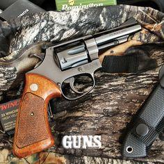Smith & Wesson Model 51 .22 Magnum     GUNS Magazine Combat .22 Rimfire 2015 Special Edition  